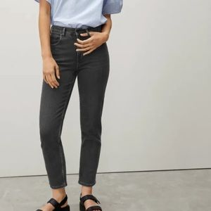 Everlane The Cheeky Straight Washed Black Jeans 34